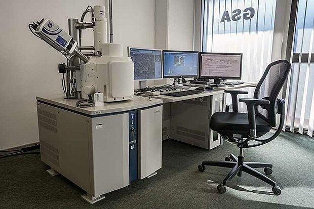 Elektronenrastermikroskop GSA Ratingen Faseranalyse
