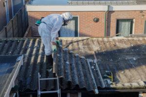 Asbestbelastung testen und entfernen Dachbereich