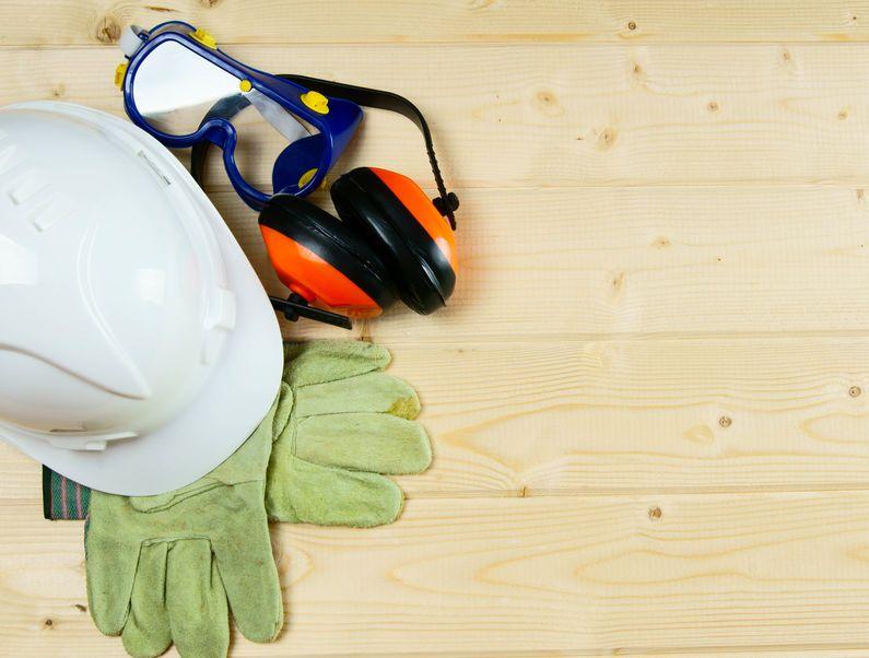 Schutzausrüstung am Arbeitsplatz